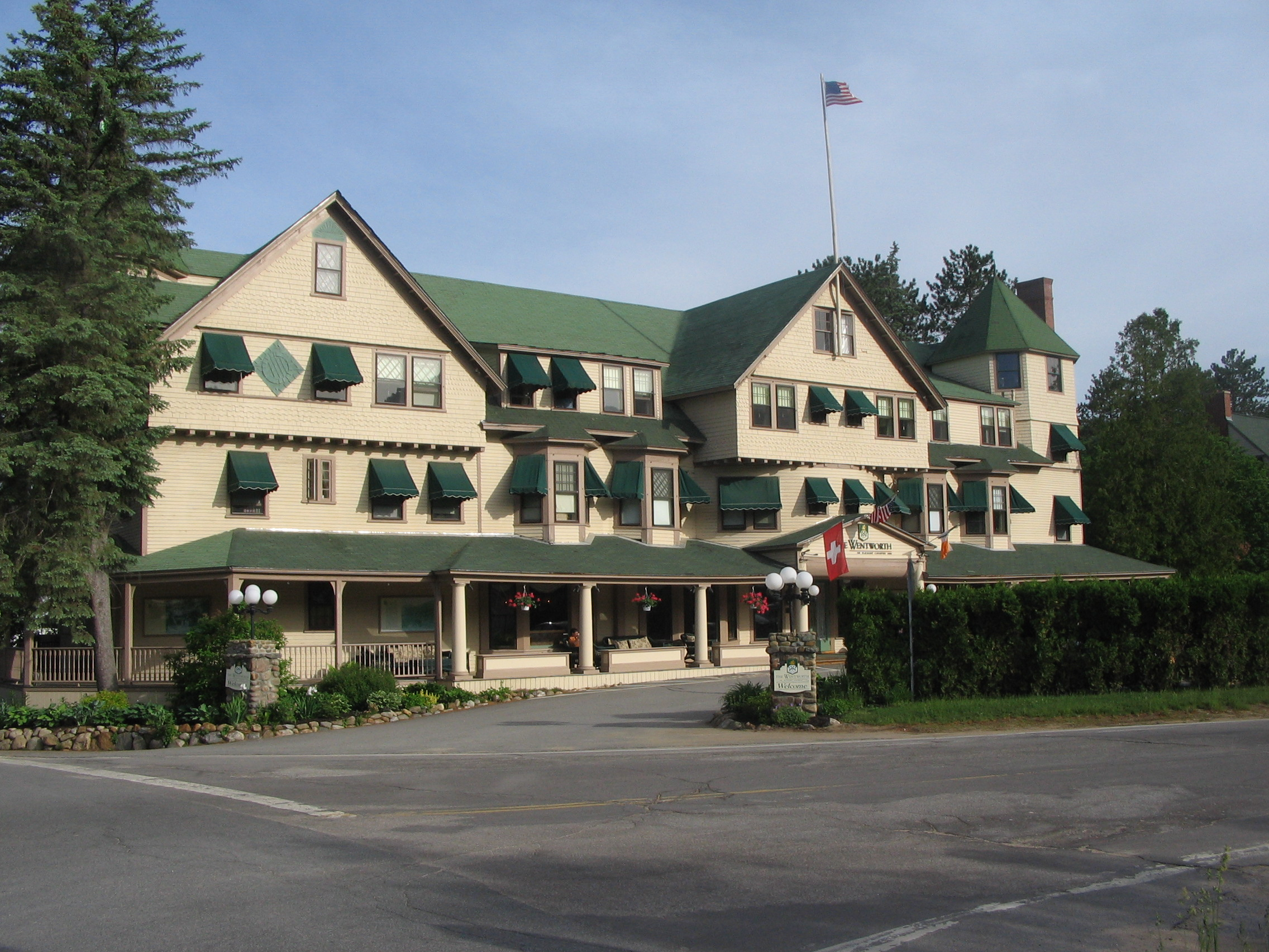 Historic Inns And Hotels Of New England With A Focus On Nh